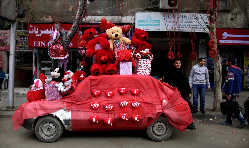 Украсить авто в День Влюбленных