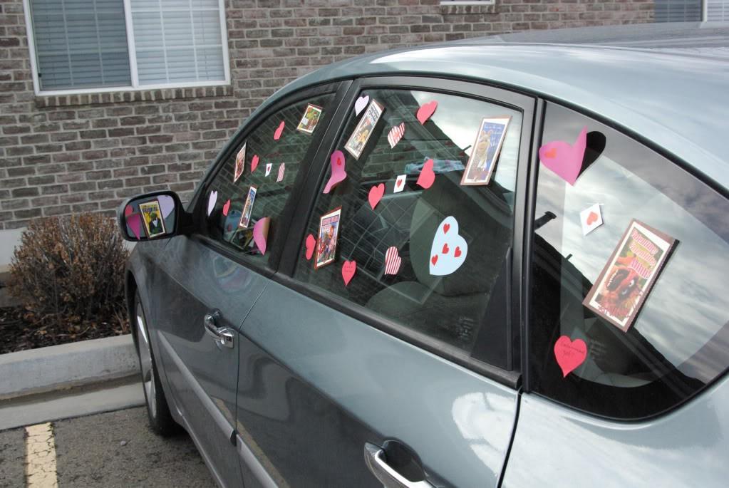 Как украсить авто на День Валентина